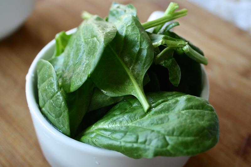 špenát - Zelenina ktorá má nízky obsah sacharidov - zdrave-chudnutie.sk