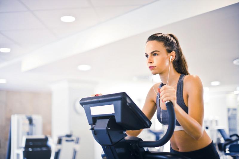 cvičte aspoň trikrát týždenne - zdrave-chudnutie.sk